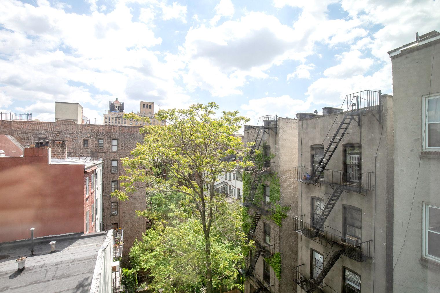 200 East 11th Street E. Greenwich Village New York NY 10003