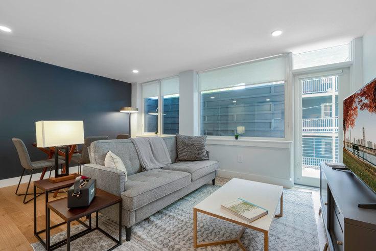 2 bedroom furnished apartment in 334 Harvard St 90, Harvard Square, Boston, photo 1