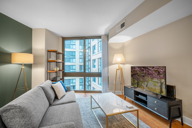 1 bedroom furnished apartment in Meridian Mount Vernon Triangle, 415 L St NW 51, Mount Vernon, Washington D.C., photo 1