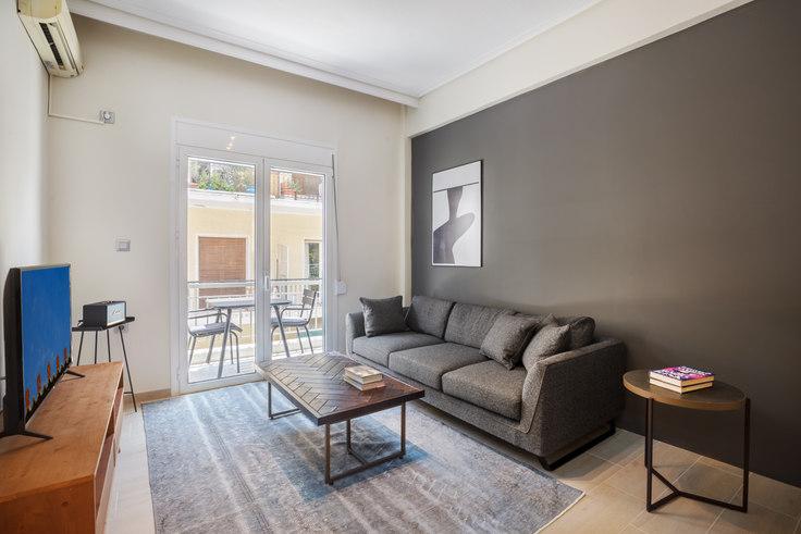 2 bedroom furnished apartment in Alios II 693, Vasilissis Sofias Avenue, Athens, photo 1