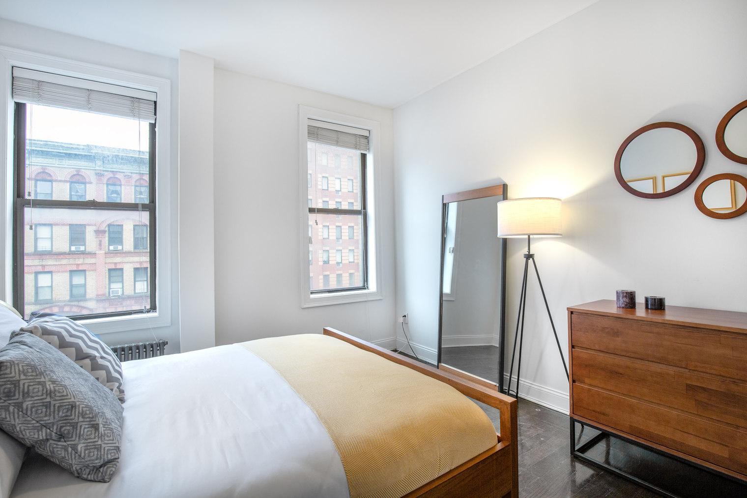 261 West 21st Street Chelsea New York NY 10011