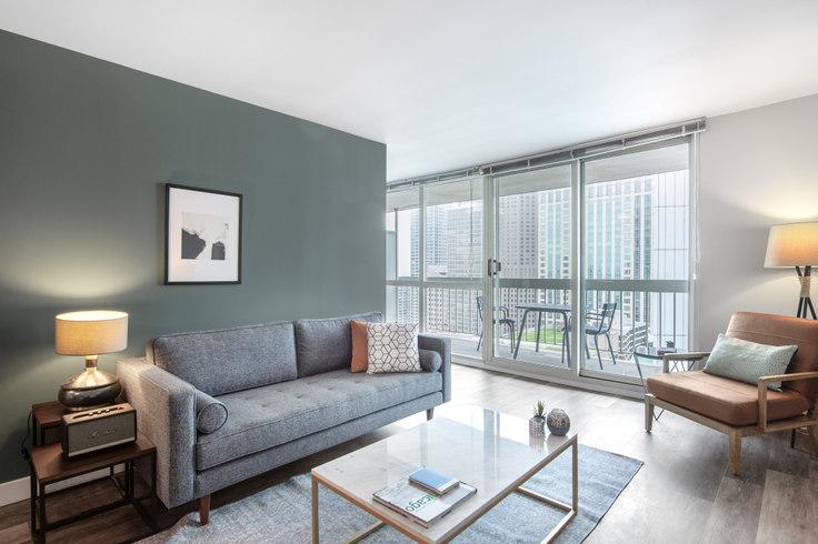 1 bedroom furnished apartment in 1 E Delaware, 1 E Delaware Pl 82, Gold Coast, Chicago, photo 1