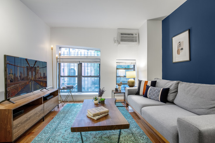 Studio furnished apartment in 220 W 14th St 299, West Village, New York, photo 1