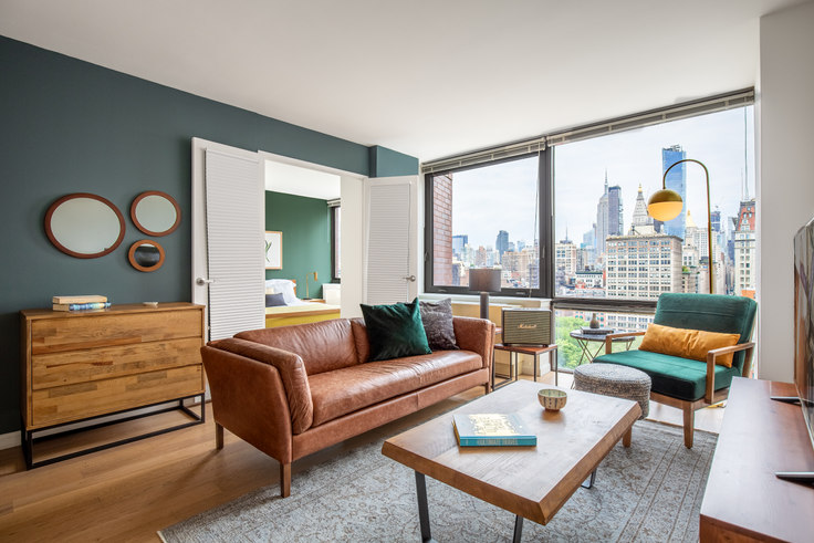1 bedroom furnished apartment in 1 Union Sq S 314, Flatiron, New York, photo 1
