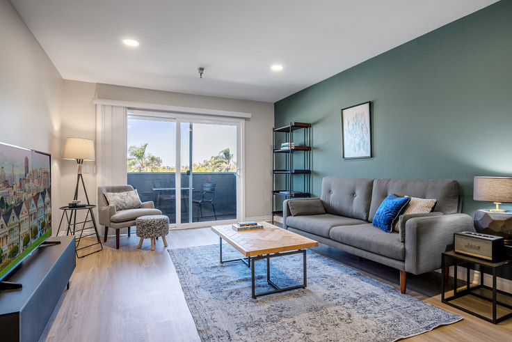 1 bedroom furnished apartment in Terrace at the Grove, 110 S Sweetzer Ave 129, Beverly Grove, Los Angeles, photo 1