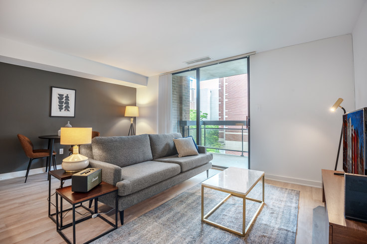 1 bedroom furnished apartment in The Remington, 601 24th St NW 74, Foggy Bottom, Washington D.C., photo 1