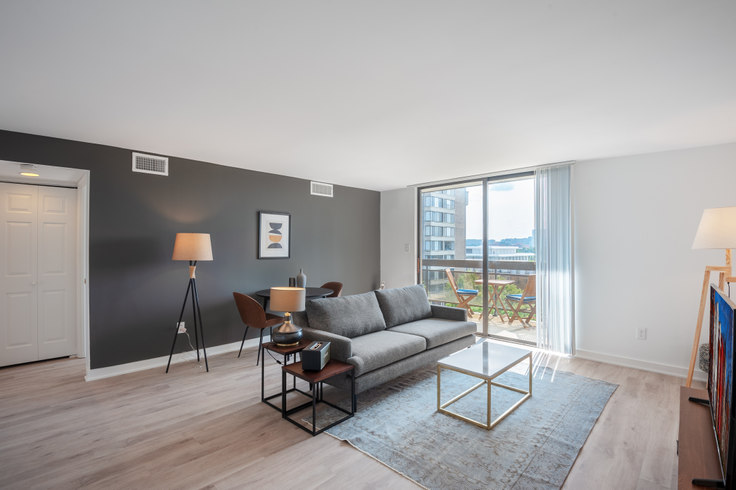 1 bedroom furnished apartment in The Remington, 601 24th St NW 84, Foggy Bottom, Washington D.C., photo 1
