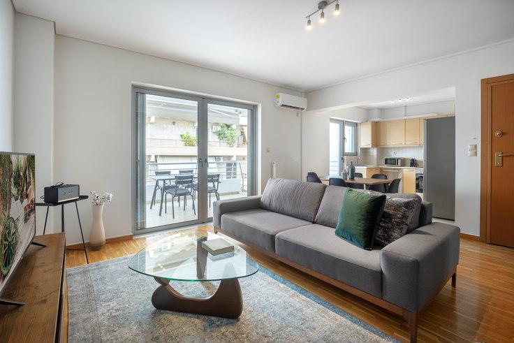 2 bedroom furnished apartment in Michali Moraiti 724, Neo Psychiko, Athens, photo 1