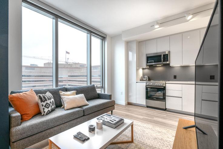 Studio furnished apartment in Hub50House, 50 Causeway St 125, North Station, Boston, photo 1