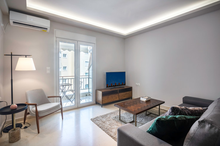 2 bedroom furnished apartment in Sofokleous 733, Marousi, Athens, photo 1