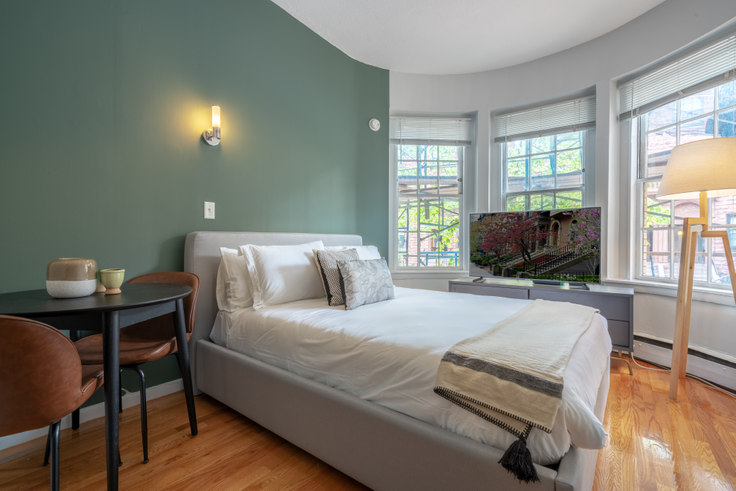 Studio furnished apartment in 179 St. Botolph St 136, South End, Boston, photo 1