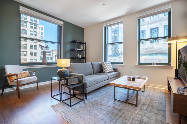 1 bedroom furnished apartment in 1 India St 140, Downtown/Financial District, Boston, photo 1