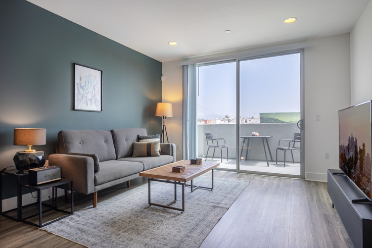 1 bedroom furnished apartment in Century City Icon, 10473 Santa Monica Blvd 141, Westwood, Los Angeles, photo 1