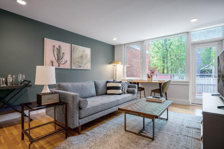 1 bedroom furnished apartment in 334 Harvard St 183, Harvard Square, Boston, photo 1