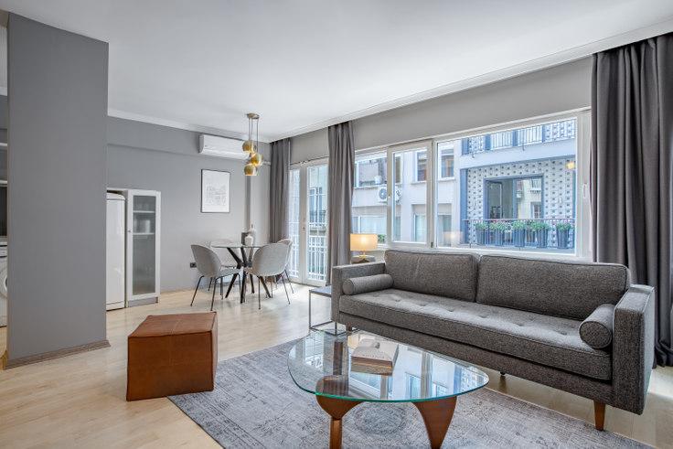 2 bedroom furnished apartment in Reyhan - 348 348, Nişantaşı, Istanbul, photo 1