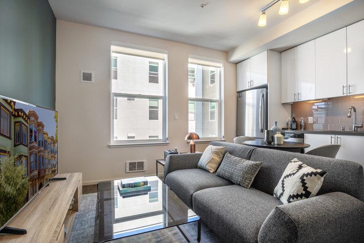 Studio furnished apartment in Avalon 400 Laguna, 400 Laguna St 180, Hayes Valley, San Francisco Bay Area, photo 1