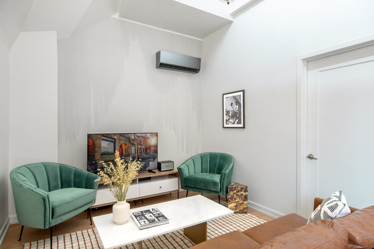 1 bedroom furnished apartment in Bush Temple, 108 W Chicago Ave 112, River North, Chicago, photo 1