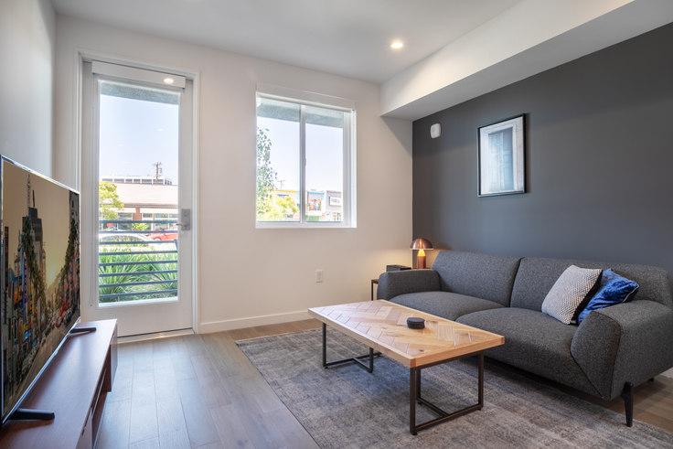 1 bedroom furnished apartment in Eastway, 8820 Sepulveda Eastway 167, Westchester, Los Angeles, photo 1