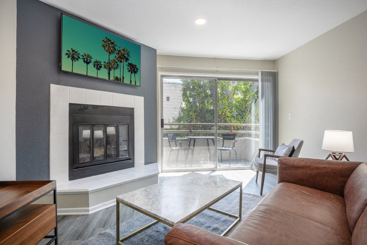 2 bedroom furnished apartment in 1626 Malcolm Ave 169, Westwood, Los Angeles, photo 1