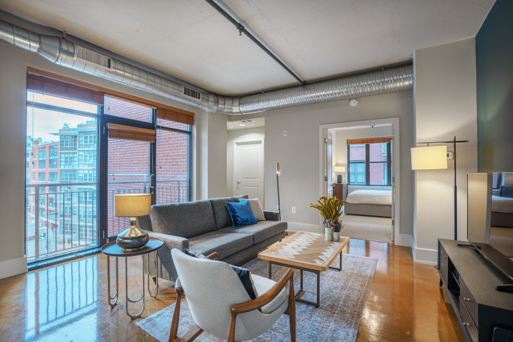 2 bedroom furnished apartment in The Hudson, 1425 P St NW 107, Logan Circle, Washington D.C., photo 1