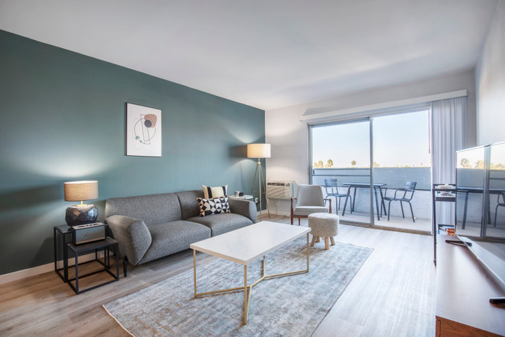 1 bedroom furnished apartment in Violet on Virgil 2, 136 S Virgil Ave 179, Koreatown, Los Angeles, photo 1