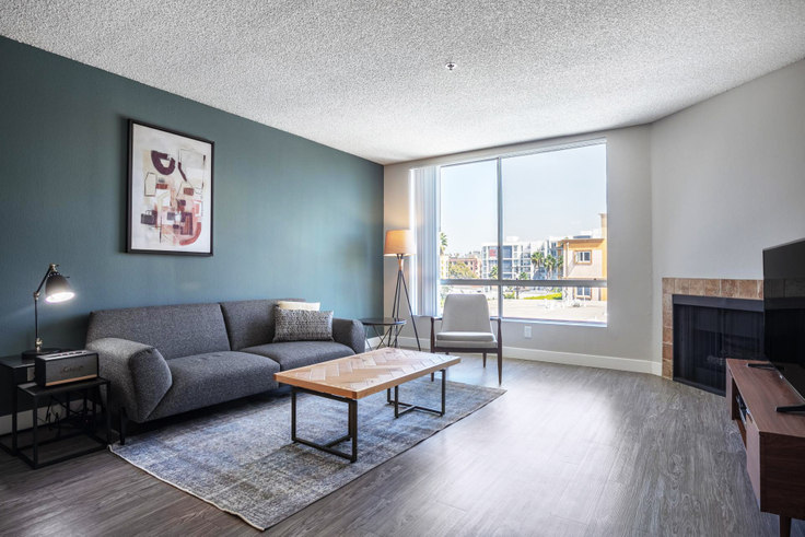 1 bedroom furnished apartment in Media Towers I, 1660 N Wilton Pl 182, Hollywood, Los Angeles, photo 1