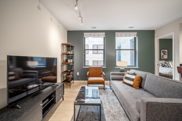 1 bedroom furnished apartment in The Woodward, 733 15th St NW 112, Downtown, Washington D.C., photo 1