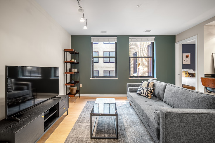 1 bedroom furnished apartment in The Woodward, 733 15th St NW 113, Downtown, Washington D.C., photo 1