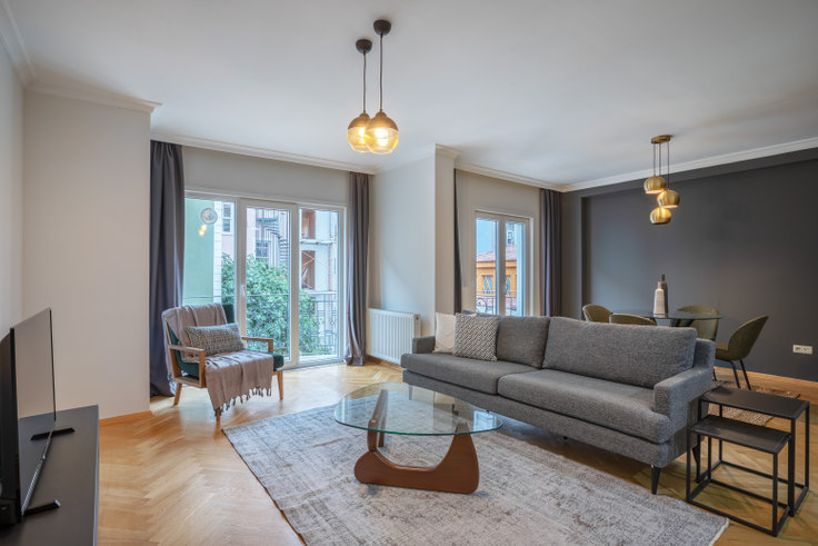 1 bedroom furnished apartment in Çukurcuma Palas - 375 375, Cihangir, Istanbul, photo 1