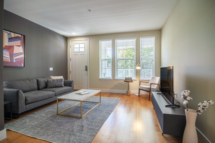 3 bedroom furnished apartment in 362 N Morrison Ave 197, The Alameda, San Francisco Bay Area, photo 1