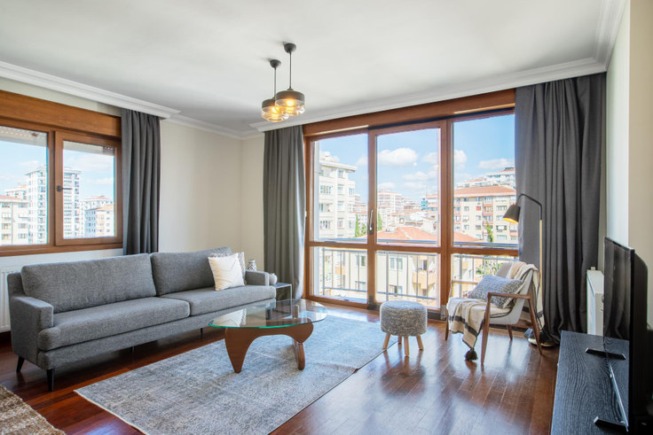 3 bedroom furnished apartment in Şahinbey - 399 399, Erenköy, Istanbul, photo 1
