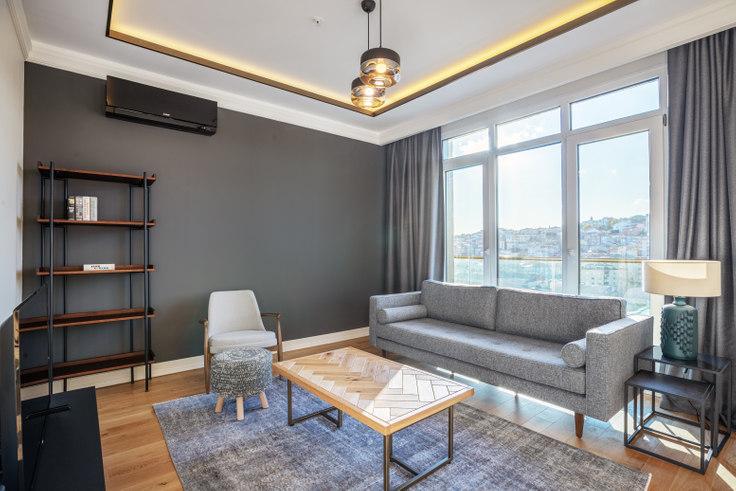 2 bedroom furnished apartment in Polat Piyalepaşa - 400 400, Taksim, Istanbul, photo 1