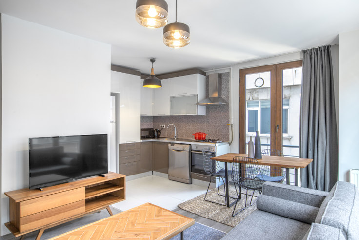 1 bedroom furnished apartment in İrem - 401 401, Nişantaşı, Istanbul, photo 1