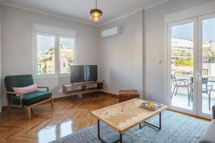2 bedroom furnished apartment in Dimitriou Soutsou III 775, Ampelokipoi, Athens, photo 1