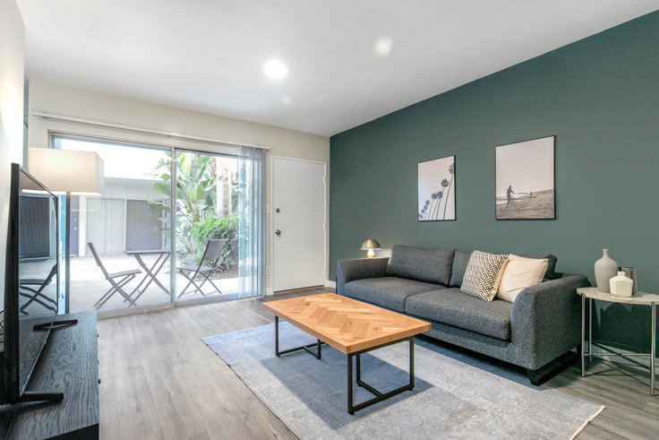1 bedroom furnished apartment in 3537 Clarington Ave 193, Culver City, Los Angeles, photo 1