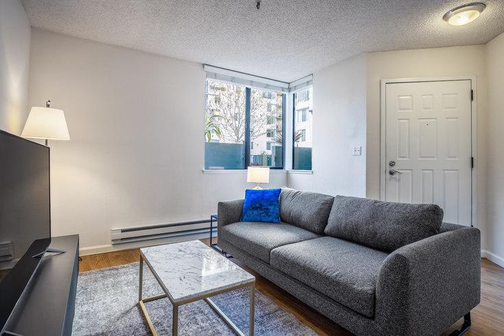 1 bedroom furnished apartment in SoMa Square, 1 Saint Francis Pl 228, SoMa, San Francisco Bay Area, photo 1