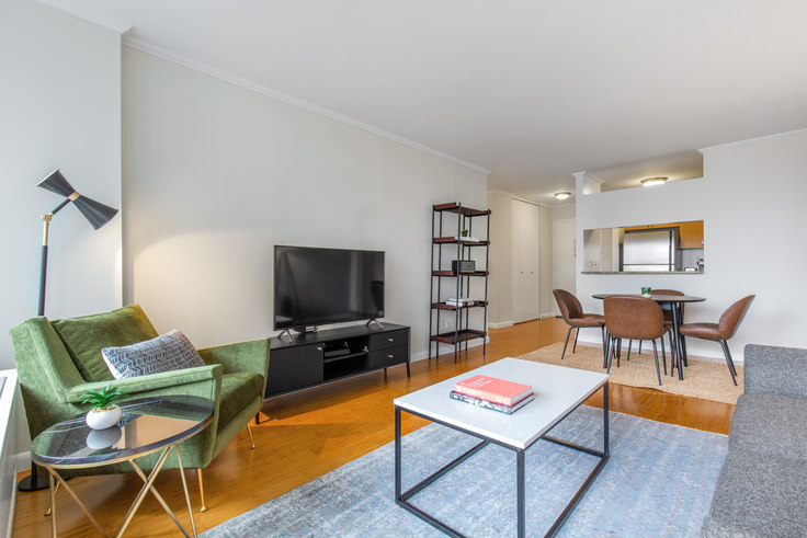 2 bedroom furnished apartment in The Ritz Plaza, 235 W 48th St 382, Midtown, New York, photo 1