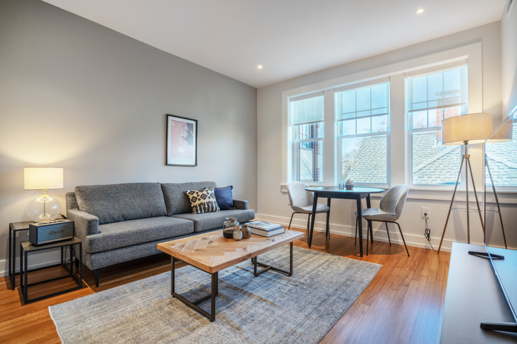 1 bedroom furnished apartment in 17-17A Forest Ct, 17 Forest St 185, Porter Square, Boston, photo 1
