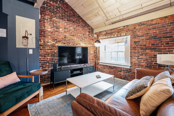 2 bedroom furnished apartment in 15 Union St 213, Downtown/Financial District, Boston, photo 1