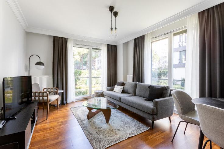 2 bedroom furnished apartment in Suadiye Sitesi - 450 450, Suadiye, Istanbul, photo 1