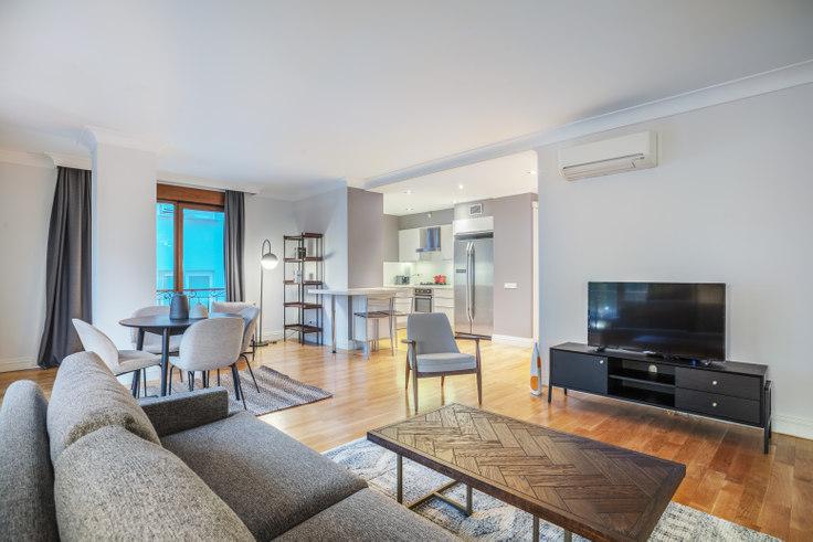 2 bedroom furnished apartment in Şebnem - 451 451, Etiler, Istanbul, photo 1