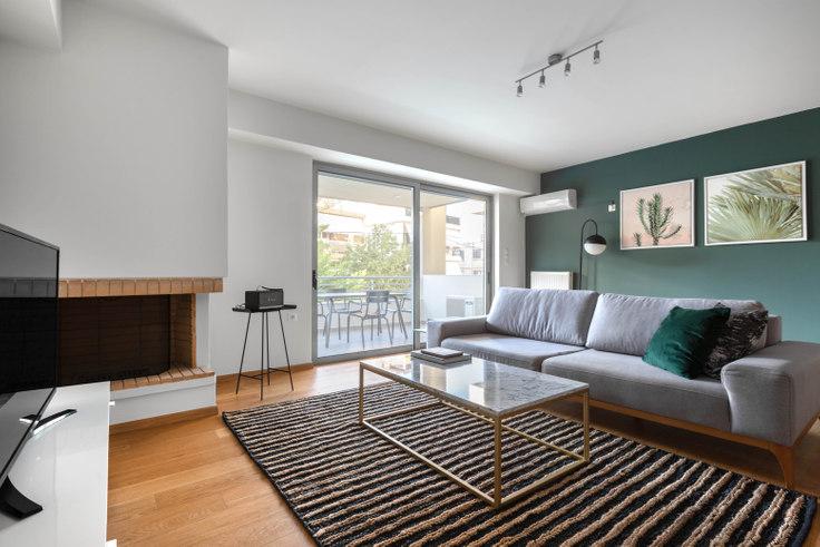2 bedroom furnished apartment in Ifigenias IV 845, Palaio Faliro, Athens, photo 1