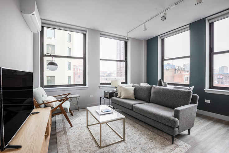 1 bedroom furnished apartment in 330 S Wells St 200, The Loop, Chicago, photo 1