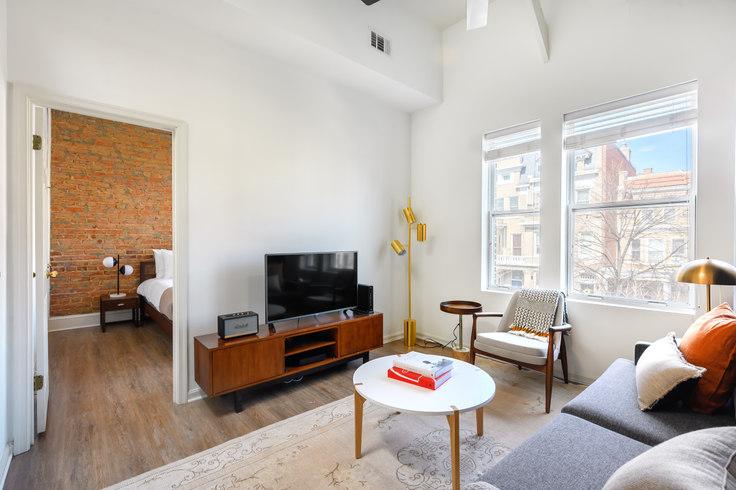 2 bedroom furnished apartment in Villa di Leonardo, 1826 Vernon St NW 190, Dupont Circle, Washington D.C., photo 1