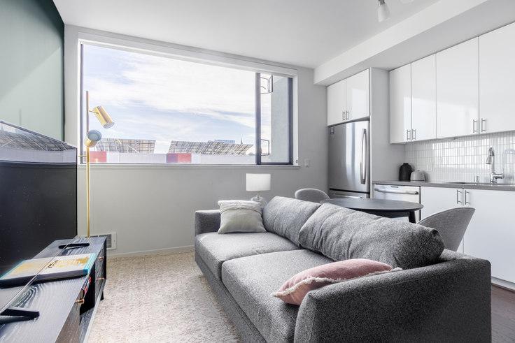Studio furnished apartment in Avalon 325 Octavia, 325 Octavia Street 301, Hayes Valley, San Francisco Bay Area, photo 1
