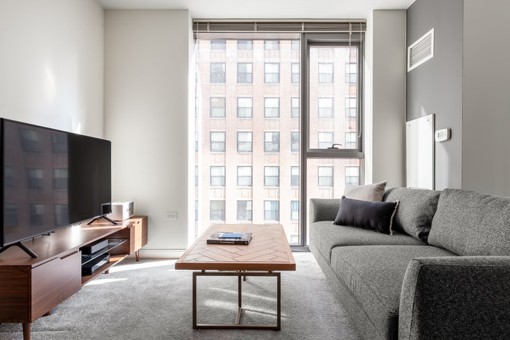 Studio furnished apartment in Lake & Wells Apartments, 210 N Wells St 241, The Loop, Chicago, photo 1
