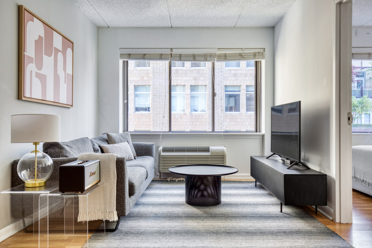 1 bedroom furnished apartment in The Chelsea, 160 W 24th St 475, Chelsea, New York, photo 1