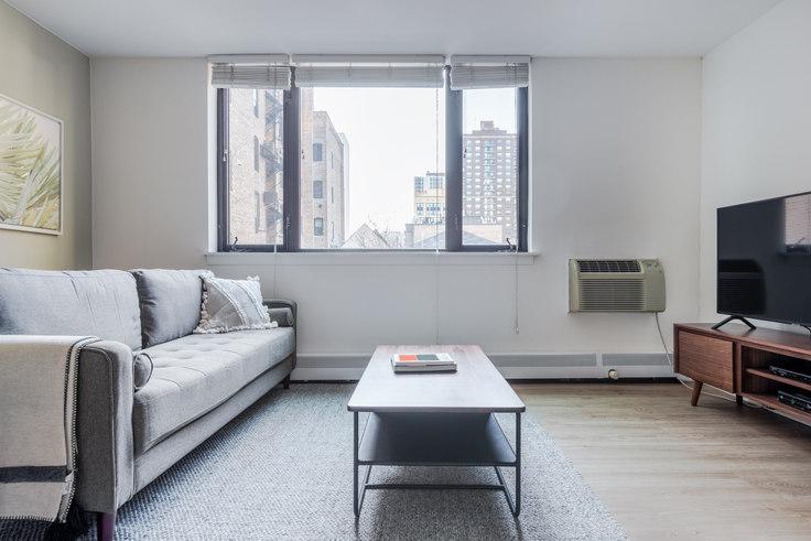 Studio furnished apartment in 20 E Scott St 260, Gold Coast, Chicago, photo 1