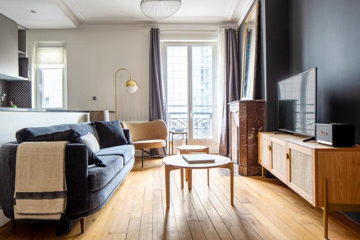 2 bedroom furnished apartment in Rue de Lyon 10, Bastille, Paris, photo 1