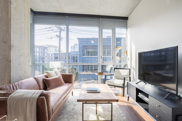 2 bedroom furnished apartment in 624 Yale Ave N 20, South Lake Union, Seattle, photo 1